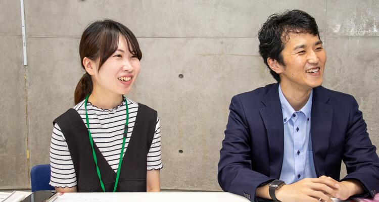 自社の取り組みついて話す坂久保氏と花谷氏